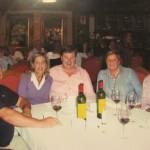Nuestro amigo D. Manuel, esposa, y amigos