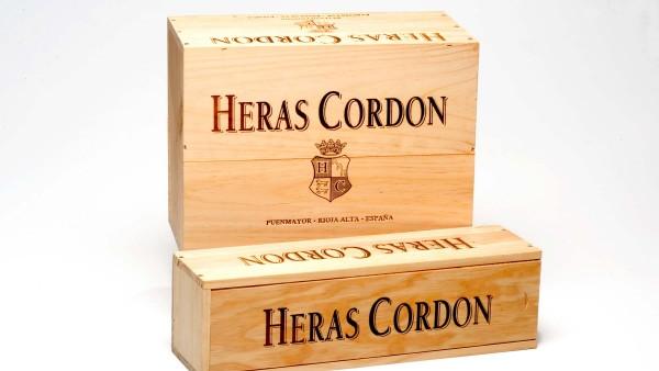 Packaging de madera. Bodegas y viñedos Heras Cordón